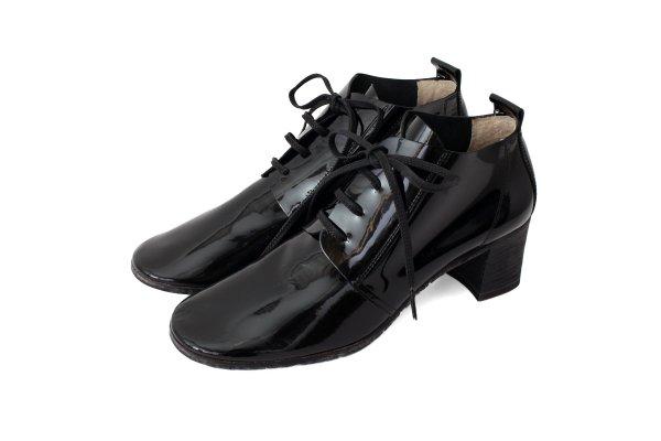 画像1: エナメルレザーヒール紐靴(BK)