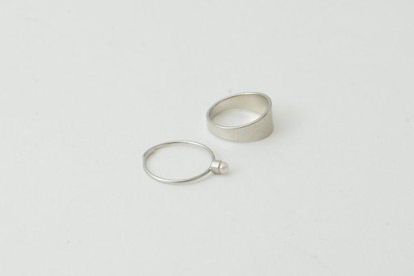 画像4: 真鍮×樹脂パール 2連リング (SV)